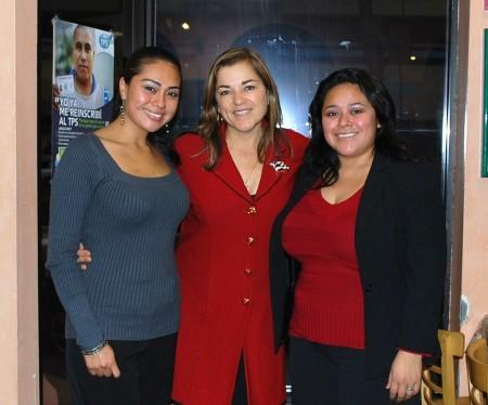 Loretta Sanchez at Salvadoran Press Conference